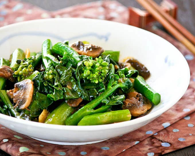 Vegetables in Chinese food are low priority, so plan ahead.