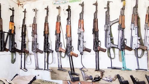 Is Egypt Safe - it's easy to get weapons in Cairo. Here's a photo from the weapons market in Cairo