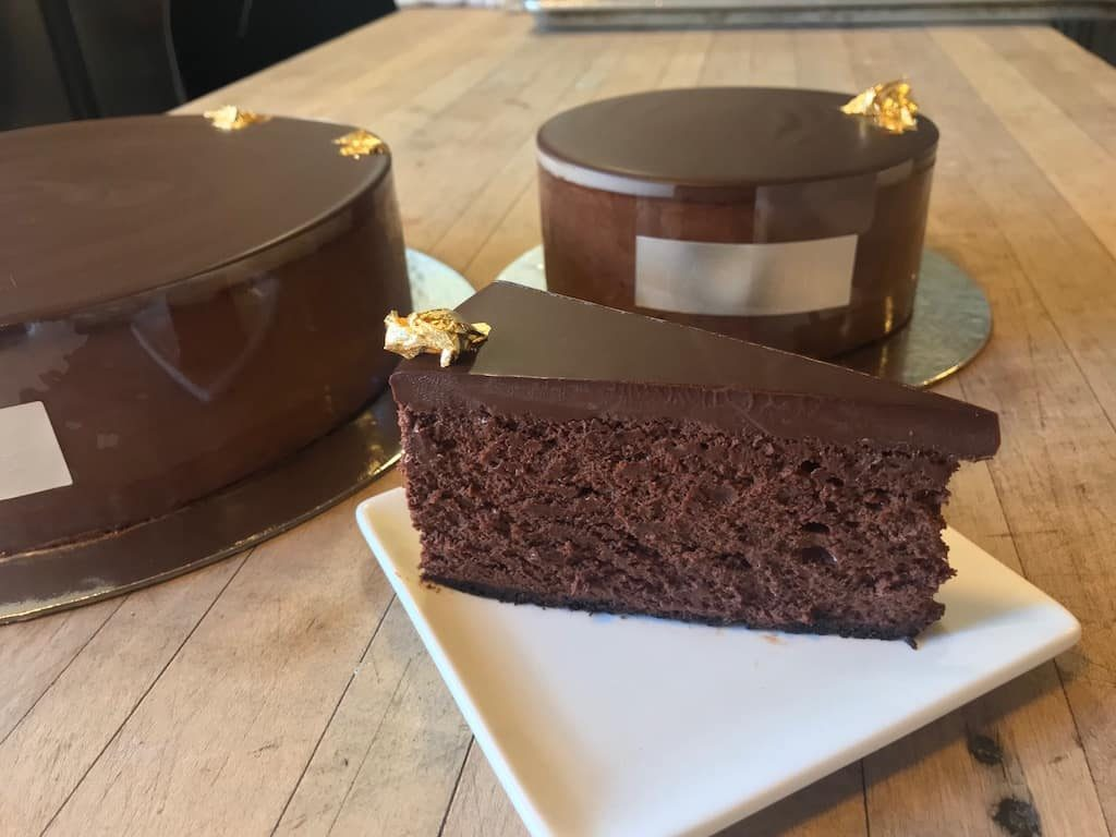 The best dessert in the world, Tartine chocolate cake. Most Chinese desserts aren't this good.