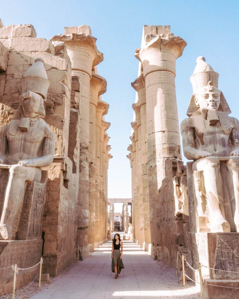 dress code guide for woman visiting temples luxor egypt
