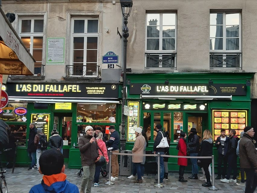 The line outside L'as du Fallafel in Paris — quite long.