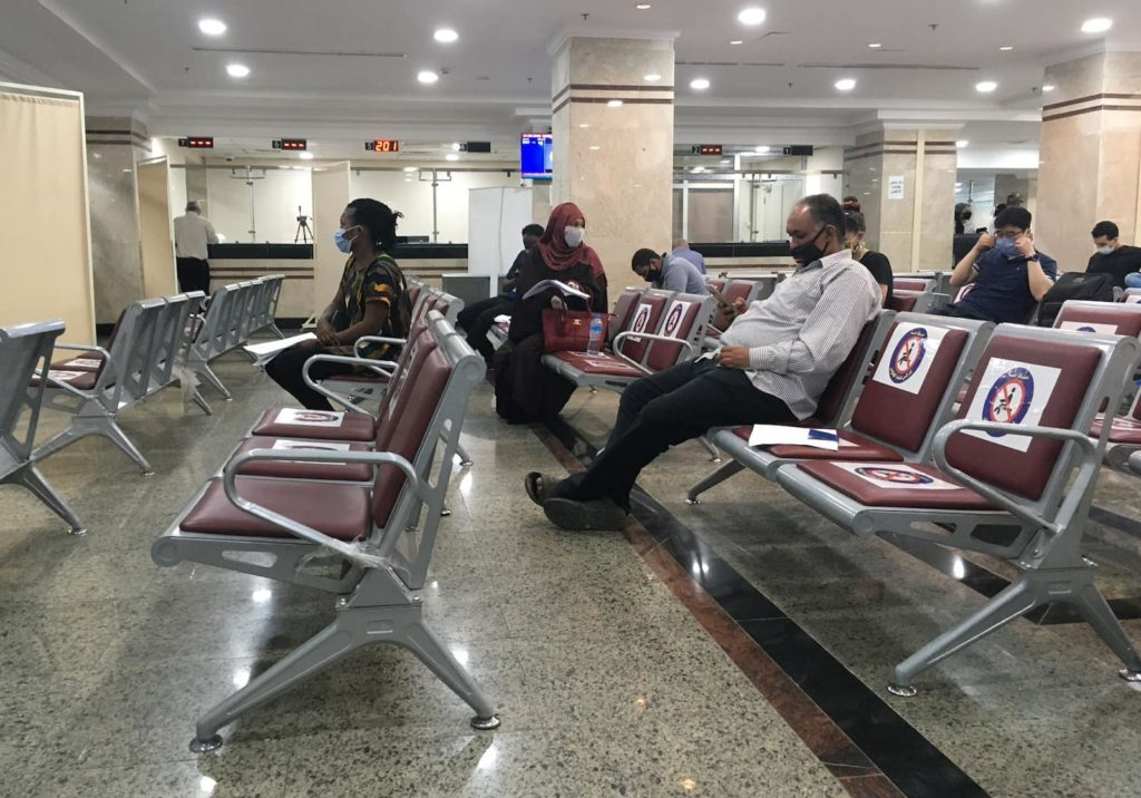 Social distancing while renewing Egypt visa in Cairo