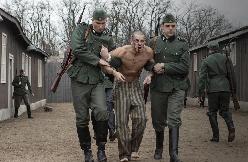 Screen grab from el fotografo de mauthausen, a film about spanish prisoner in an Austrian concentration camp