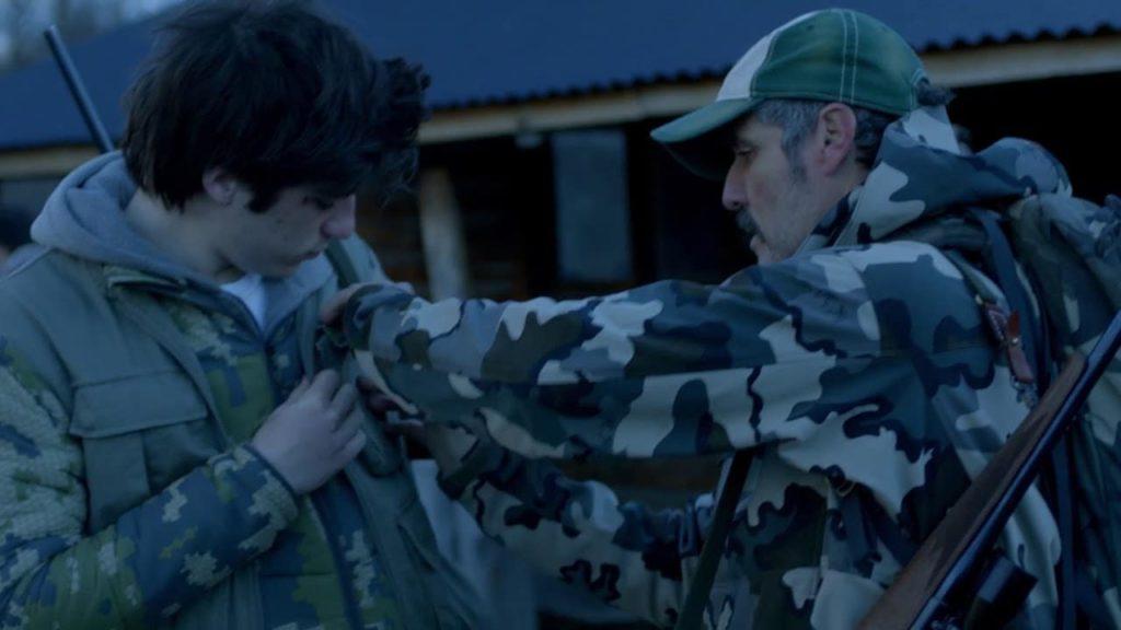 Screenshot from Temporada de Caza, a spanish movie on netflix.
