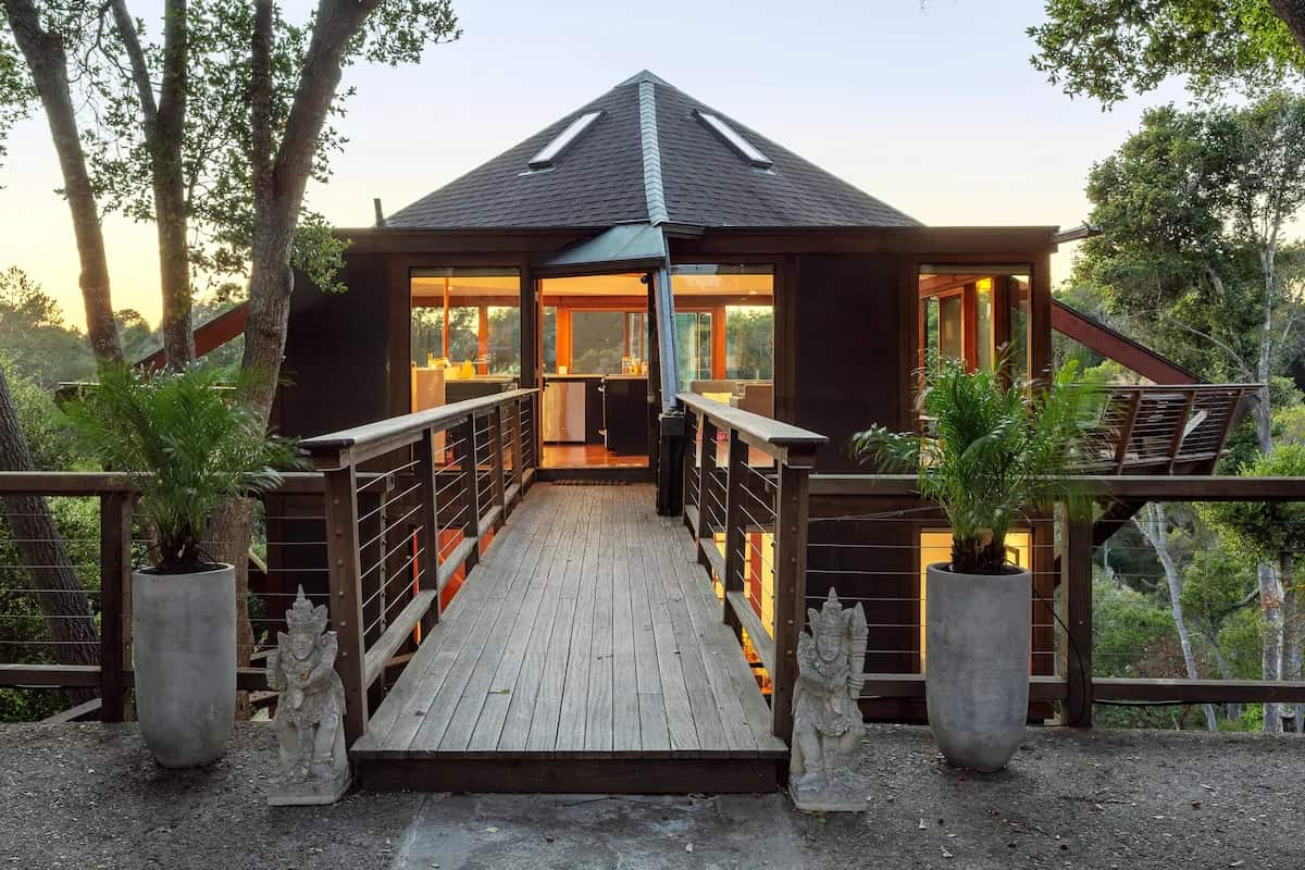 Treehouse rentals in California with Ocean View