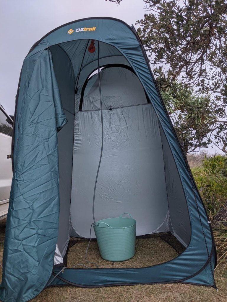 Outdoor shower - oztrail ensuite for 4x4 camper