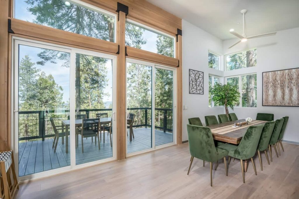 Airbnb in Yosemite Adventure Lodge