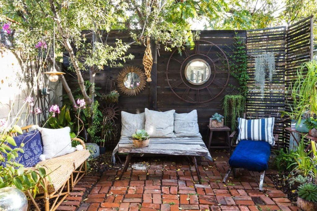 Charming Craftsman Airbnbs in Los Angeles