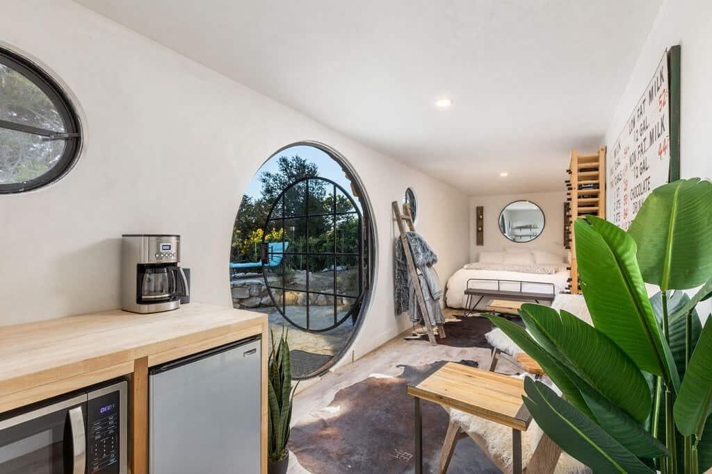 Hobbit House LA Airbnb