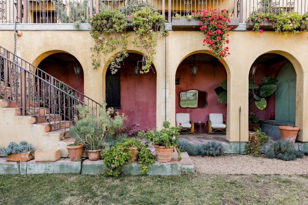 Italian-Style Hillside Retreat Los Angeles