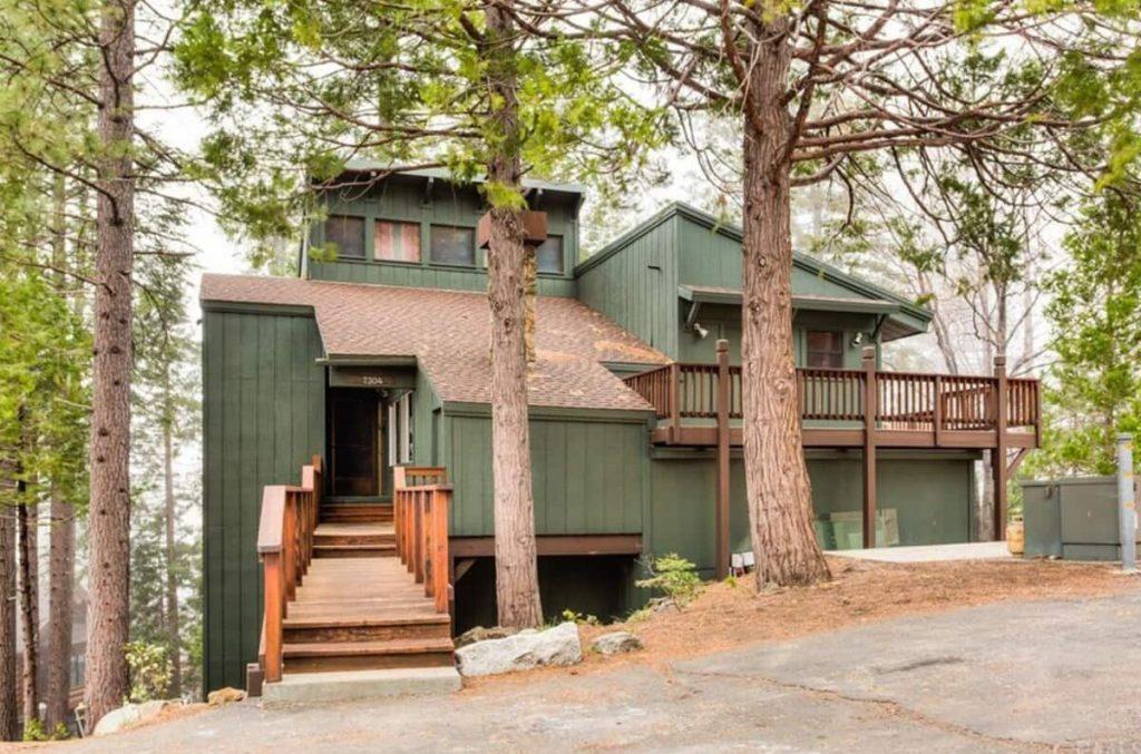 Modern Luxury Yosemite Cabin Airbnb