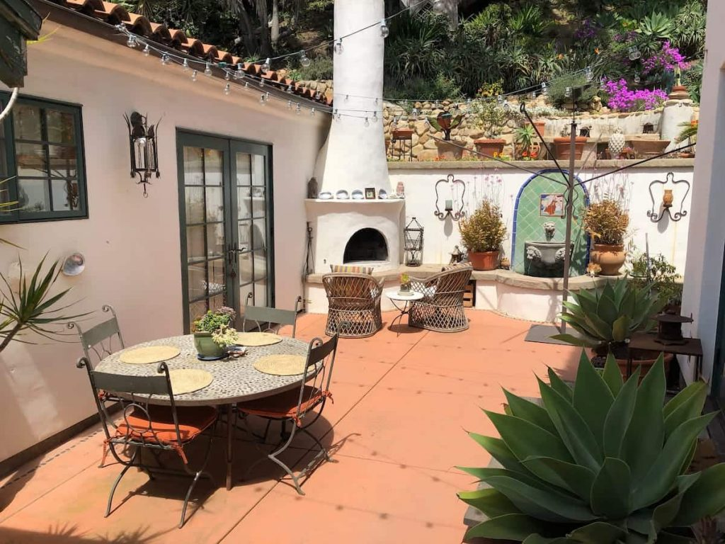 Petite Retreat; Artist Studio Santa Barbara Montecito
