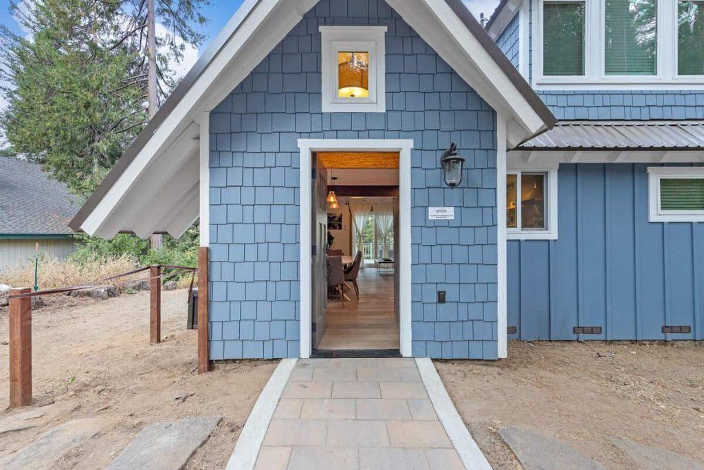 Starfall Airbnb in Yosemite 5