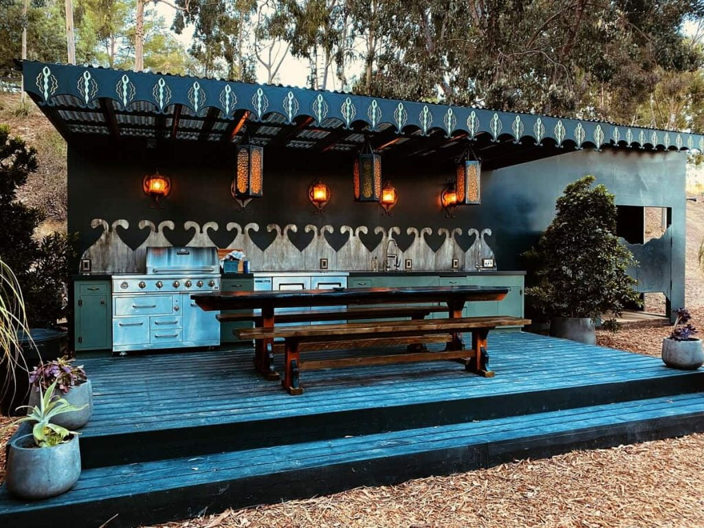 The Black Carriage southern california glamping