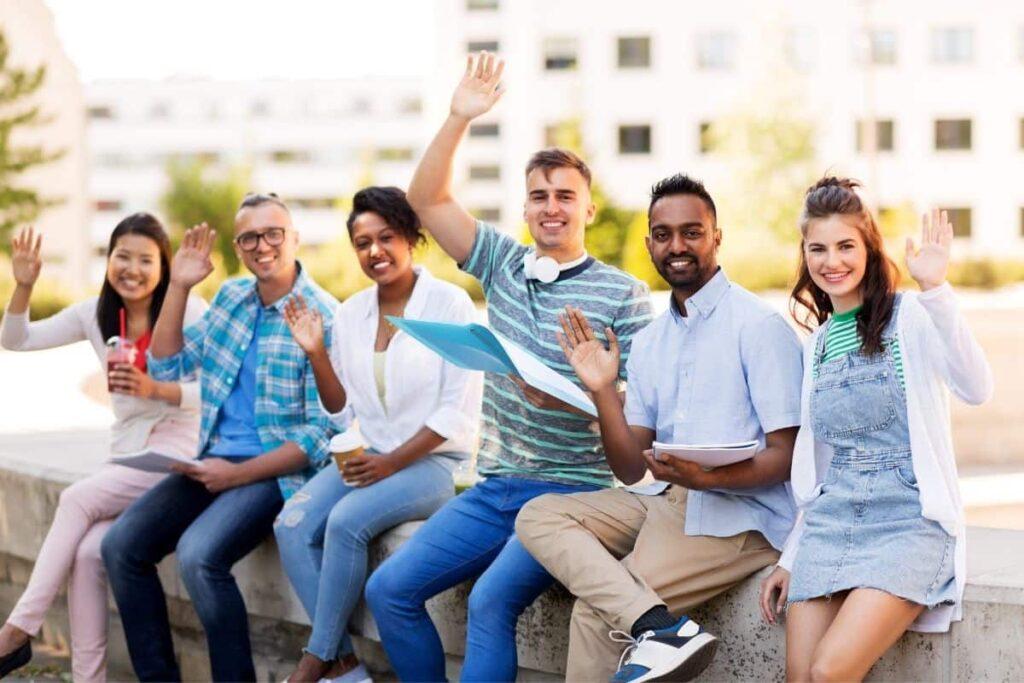 Hello in German group waving